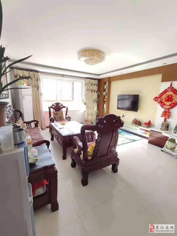 温馨佳苑,精装4楼99.3平三室两厅一卫带车库