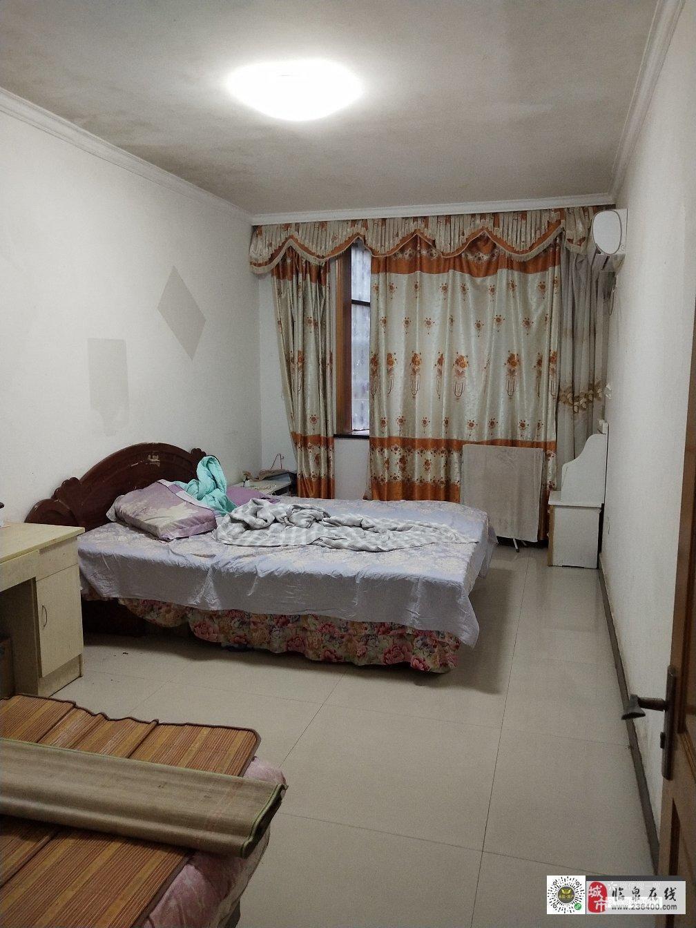鸿福花园3室2厅1卫78万元