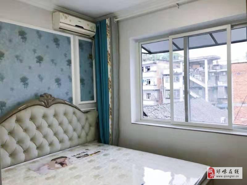 兴贤街指导站3楼套二精装80平米带家具家电