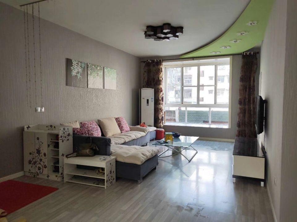 富明小区3室,2厅,2卫59.8万元