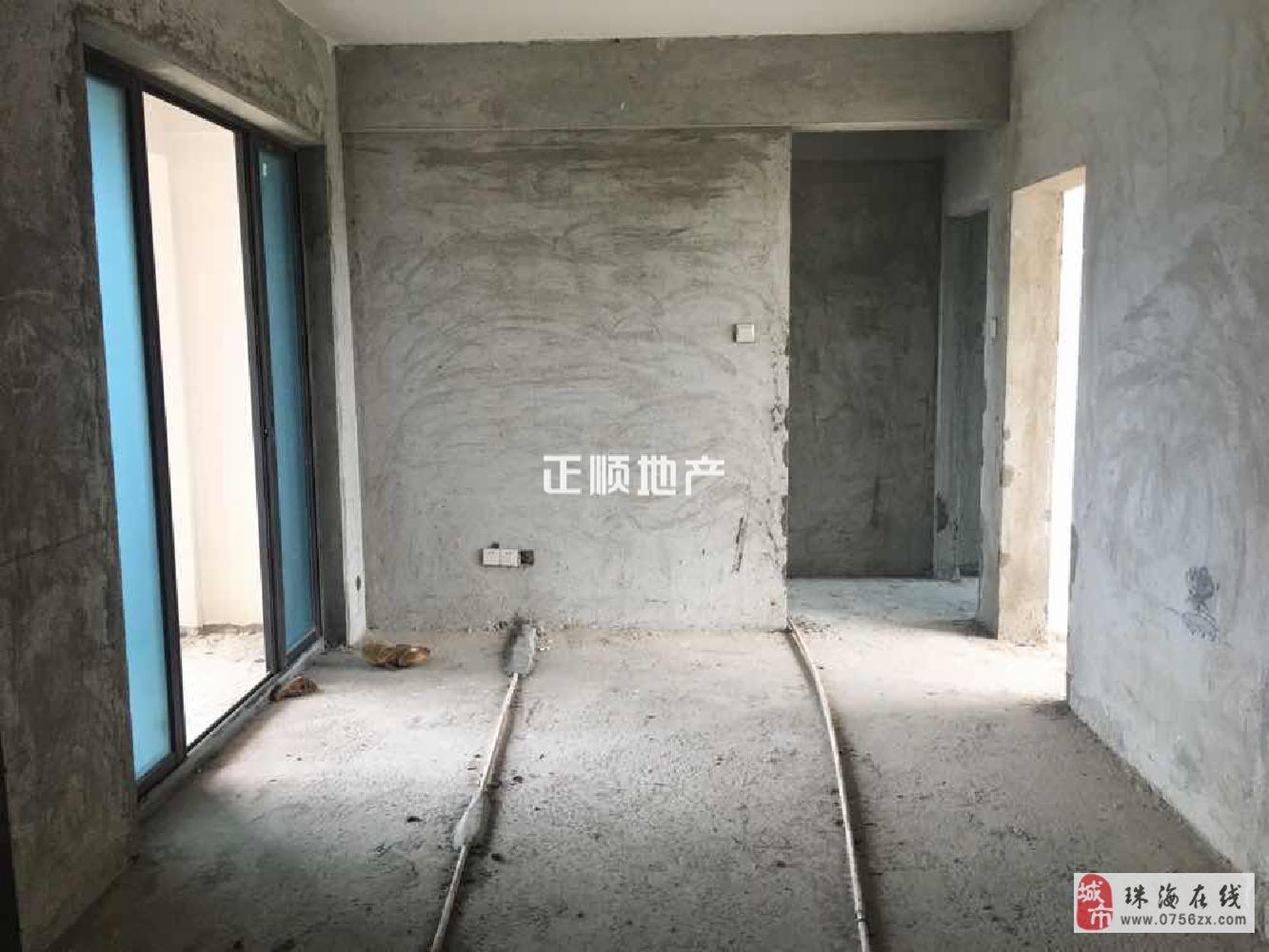 珠海金灣區集美雅苑98平毛坯4房電梯中間樓層僅售115萬