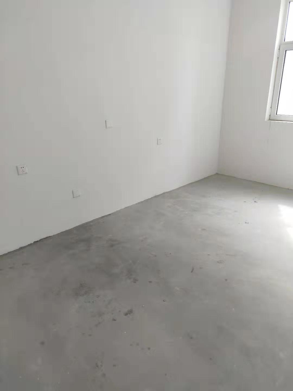 好博慧苑8楼135平米3室2厅2卫105万元