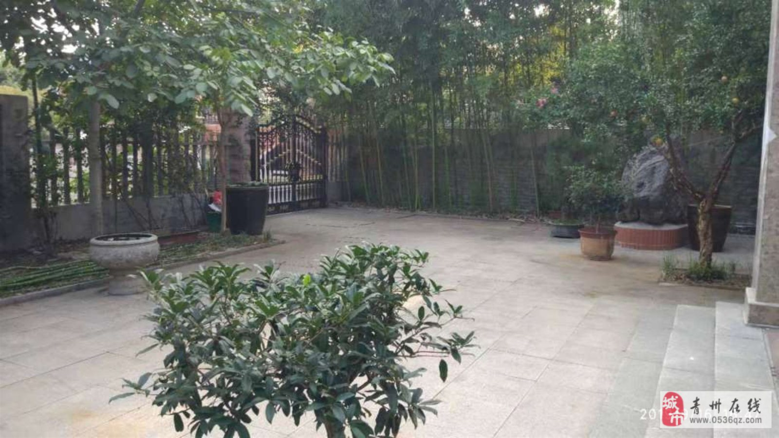 云门山花园3室6厅4卫450万元