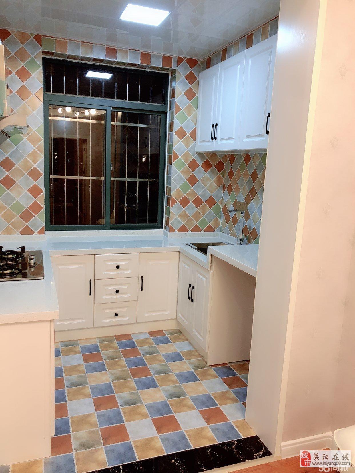 温馨家园对面,精装修,领包入住,带地上小房7平方,小区安静