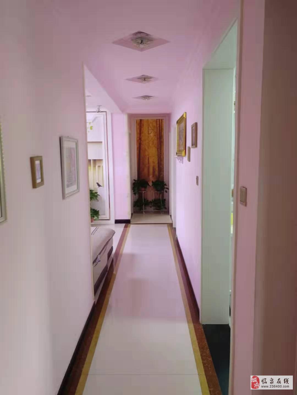 中泰锦城13楼西边户3室2厅2卫92万元