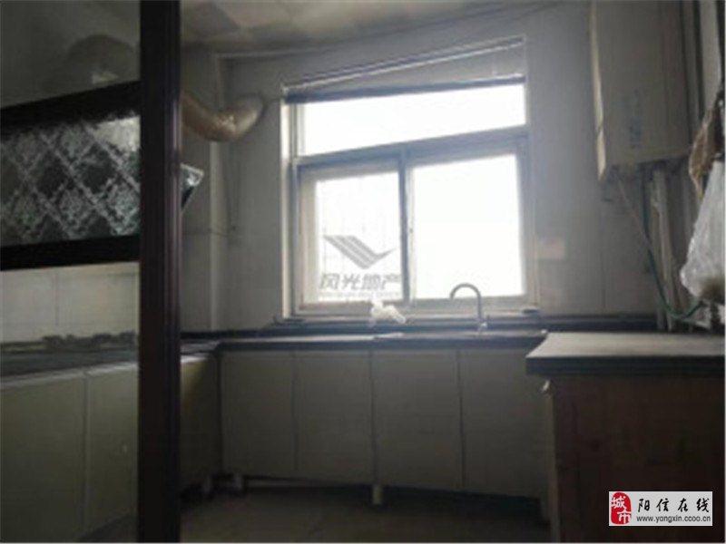 梨園小區低樓層緊鄰學校帶2個儲藏室可按揭