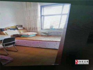 梨園小區3室2廳1衛52萬元