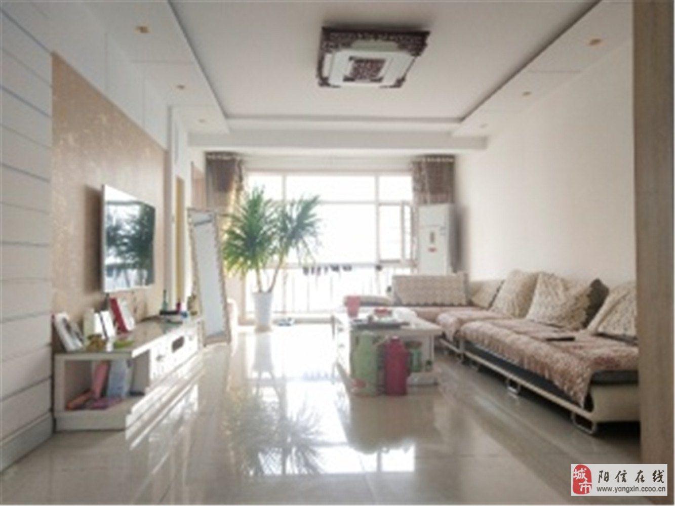 榮域陽城3室2廳1衛90萬元