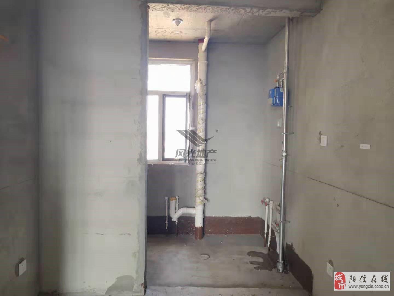 觀瀾國際3室毛坯房帶地下車位儲藏76萬元