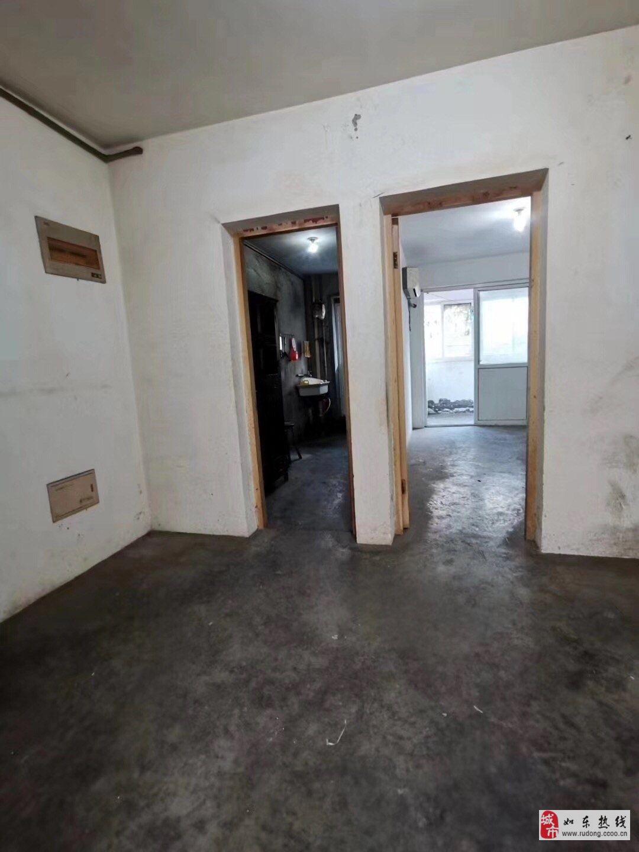 文峰财富广场2室1厅1卫毛坯61平米60万满五唯一