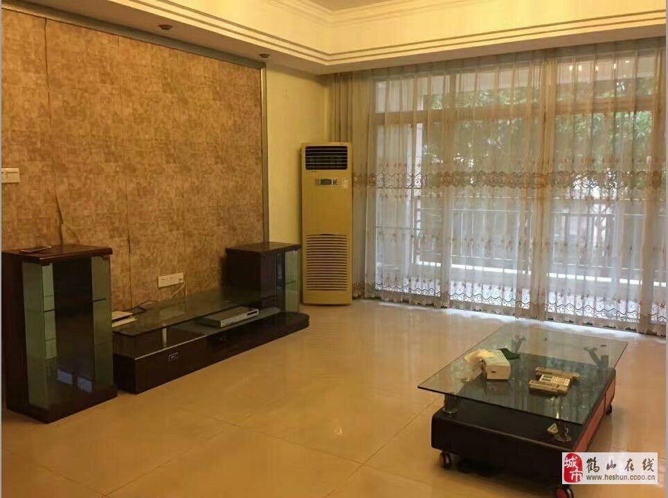 疊彩軒3室2廳2衛67.5萬元