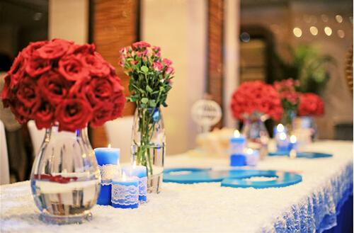 婚礼签到台物品及签到台的作用