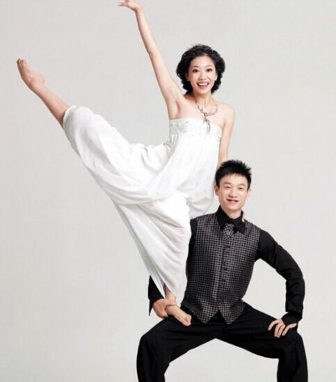杨威杨云体操pose婚纱照
