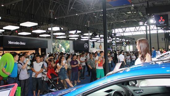 厂家年底冲量 重庆汽车消费节1000款车型集中放价