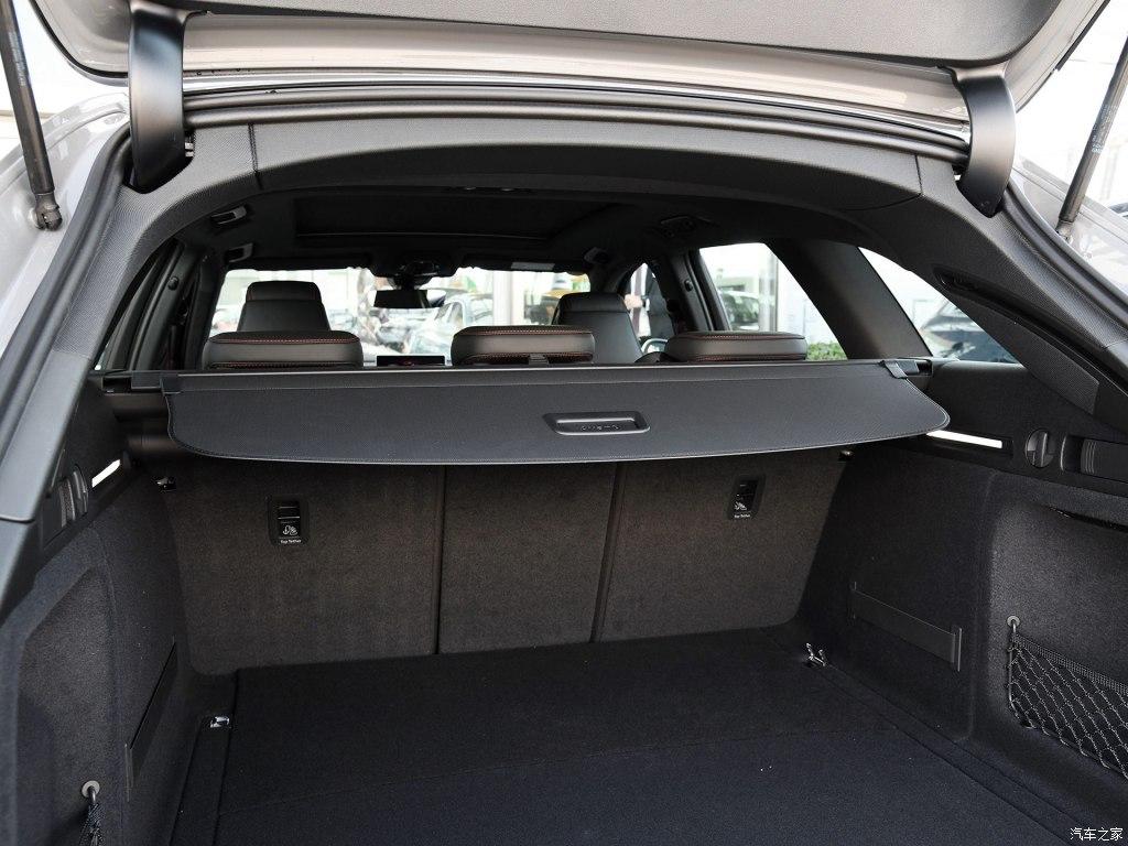 Audi Sport-奥迪RS 4