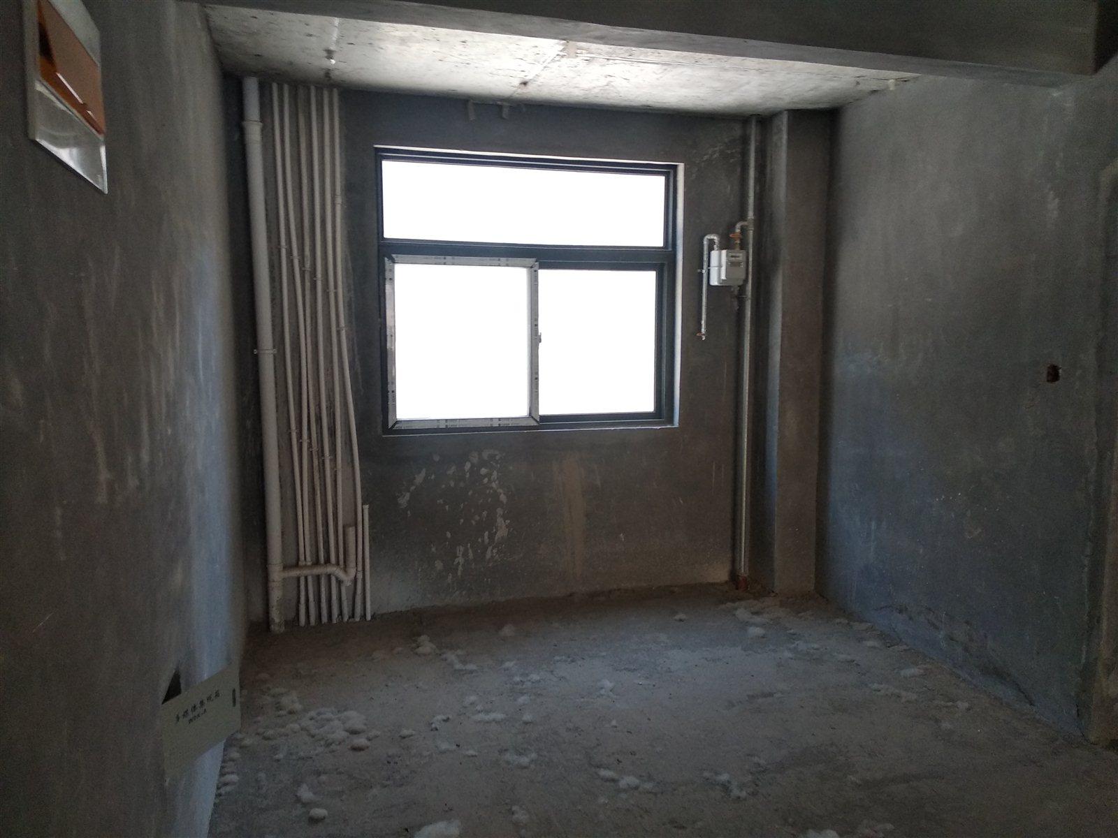 惠馨花園3室 2廳 2衛45萬元