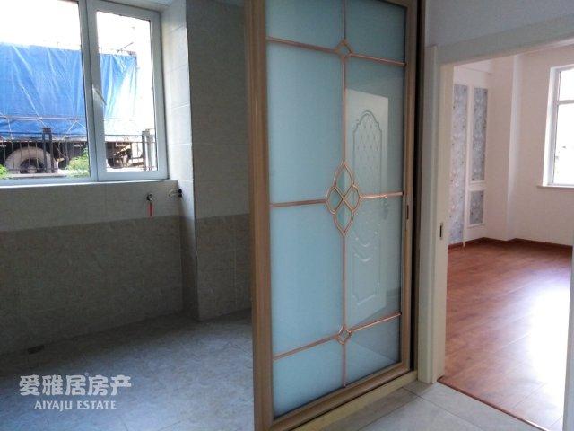 龙泽雅苑2室 2厅 1卫49.8万元