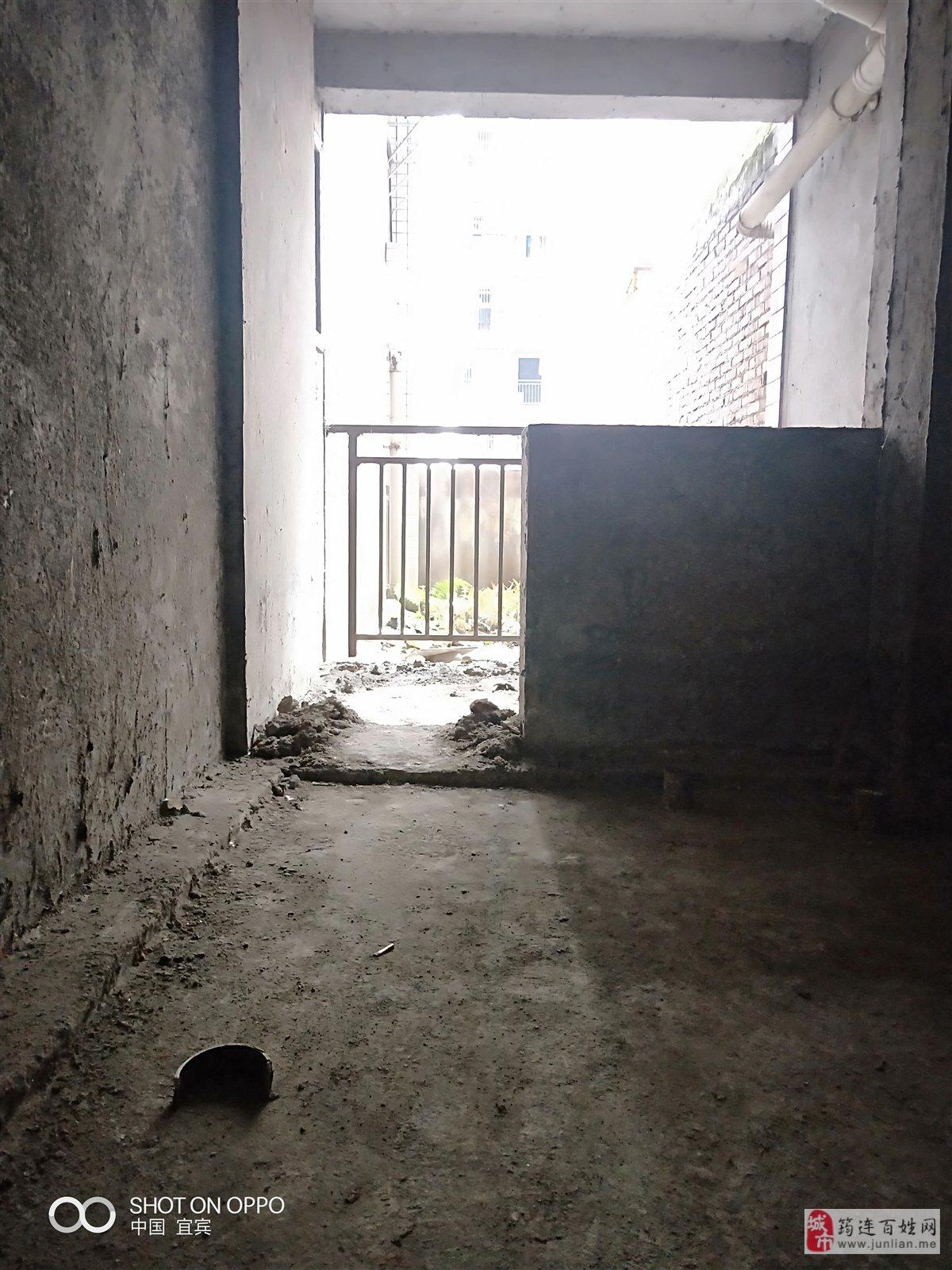 筠山都市二期3室 2厅 2卫60万元