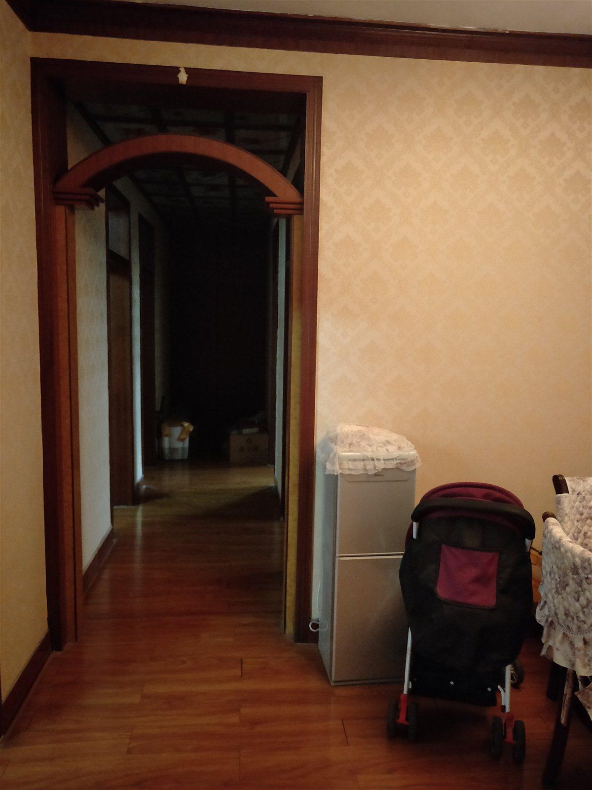 安居小区3室 2厅 1卫75万元