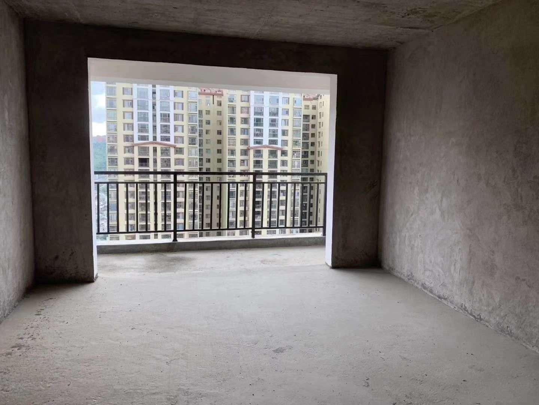 群益大厦3室 2厅 2卫43.2万元