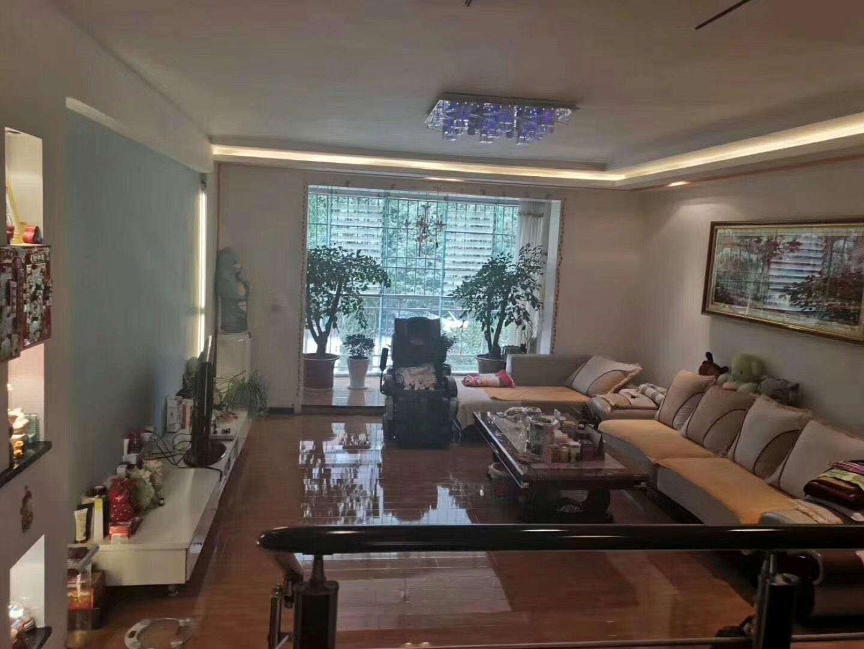 翰林院3室 2厅 2卫58万元