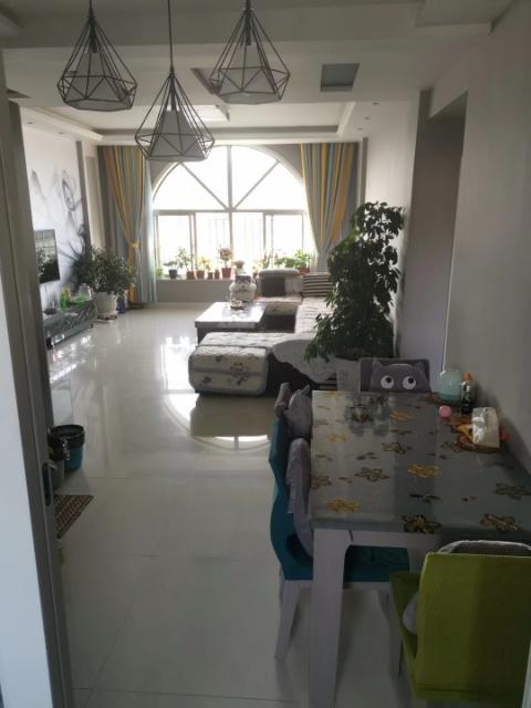 芳馨园3室 2厅 1卫40万元