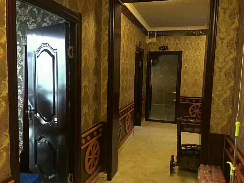爱民小区0室 1厅 1卫153万元