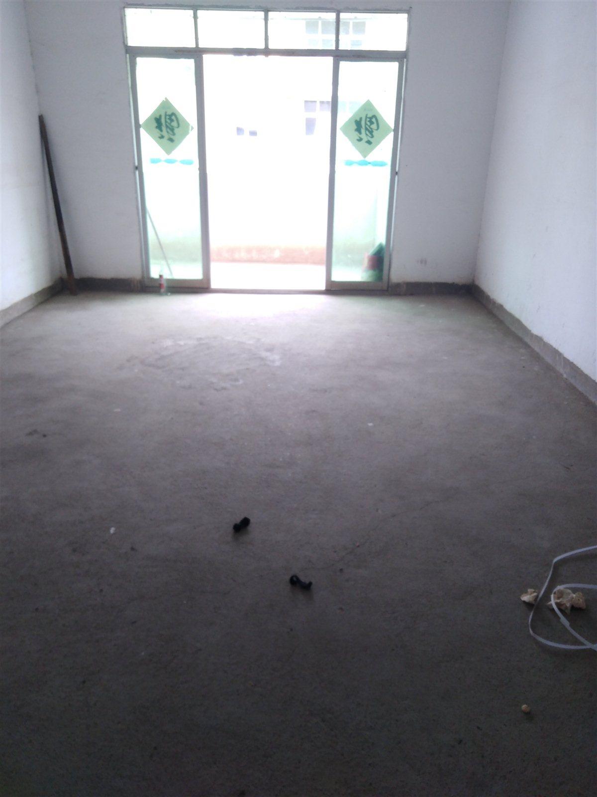 百亩千户3室 2厅 1卫43万元