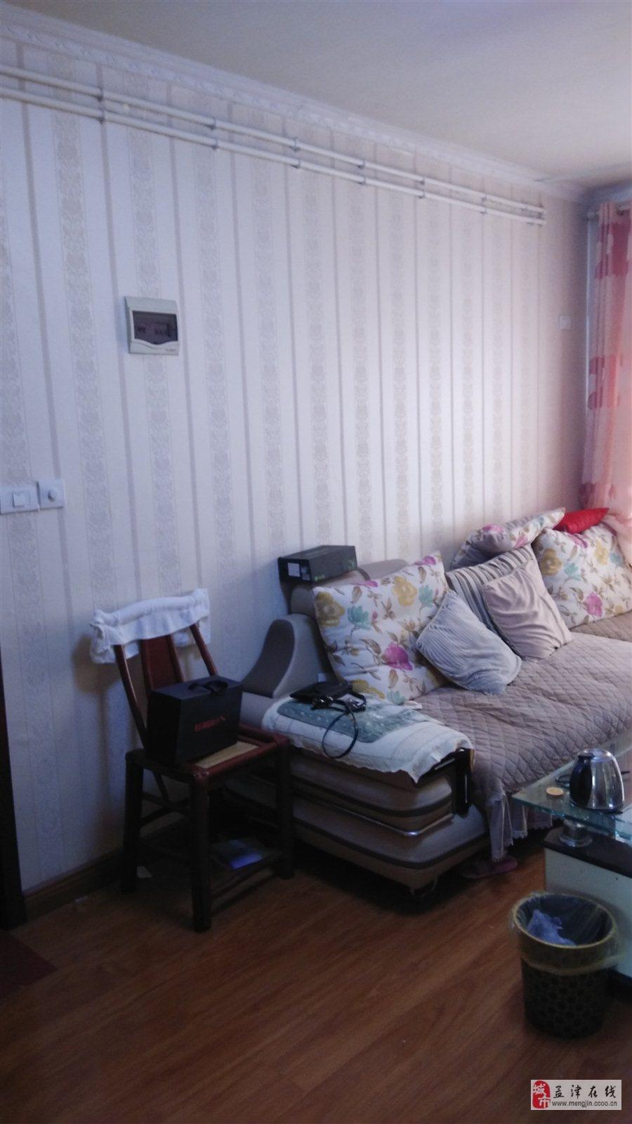 桂花大道西城量贩后粮食局家属院2室 1厅 1卫21.5万元