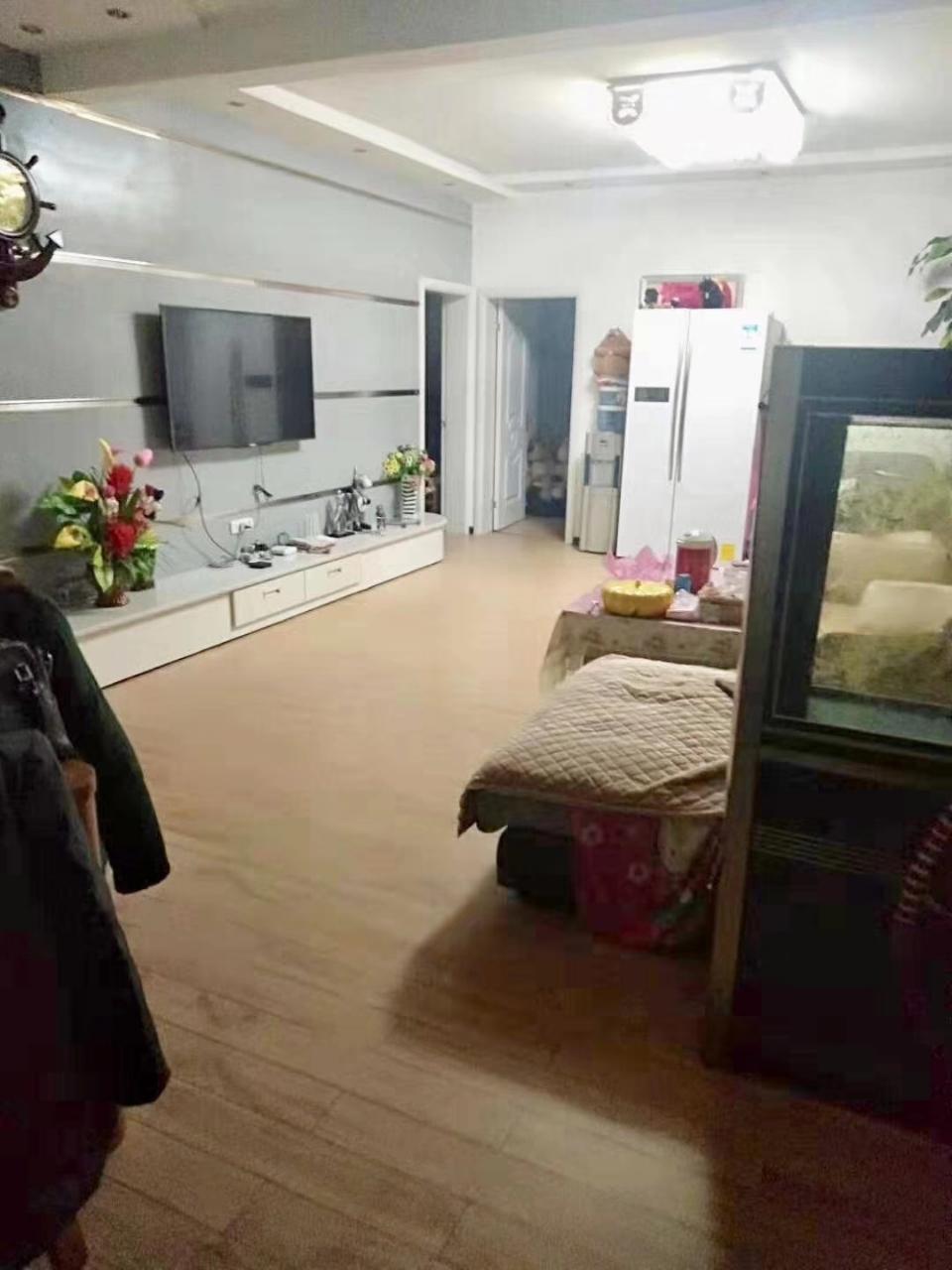紫轩一期3室 2厅 1卫55万元