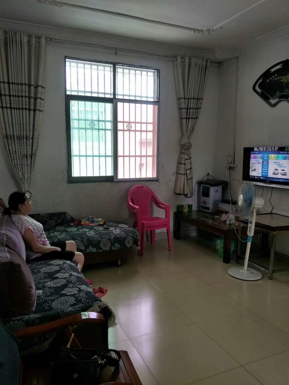 金盆山公寓3室 1厅 1卫35.8万元