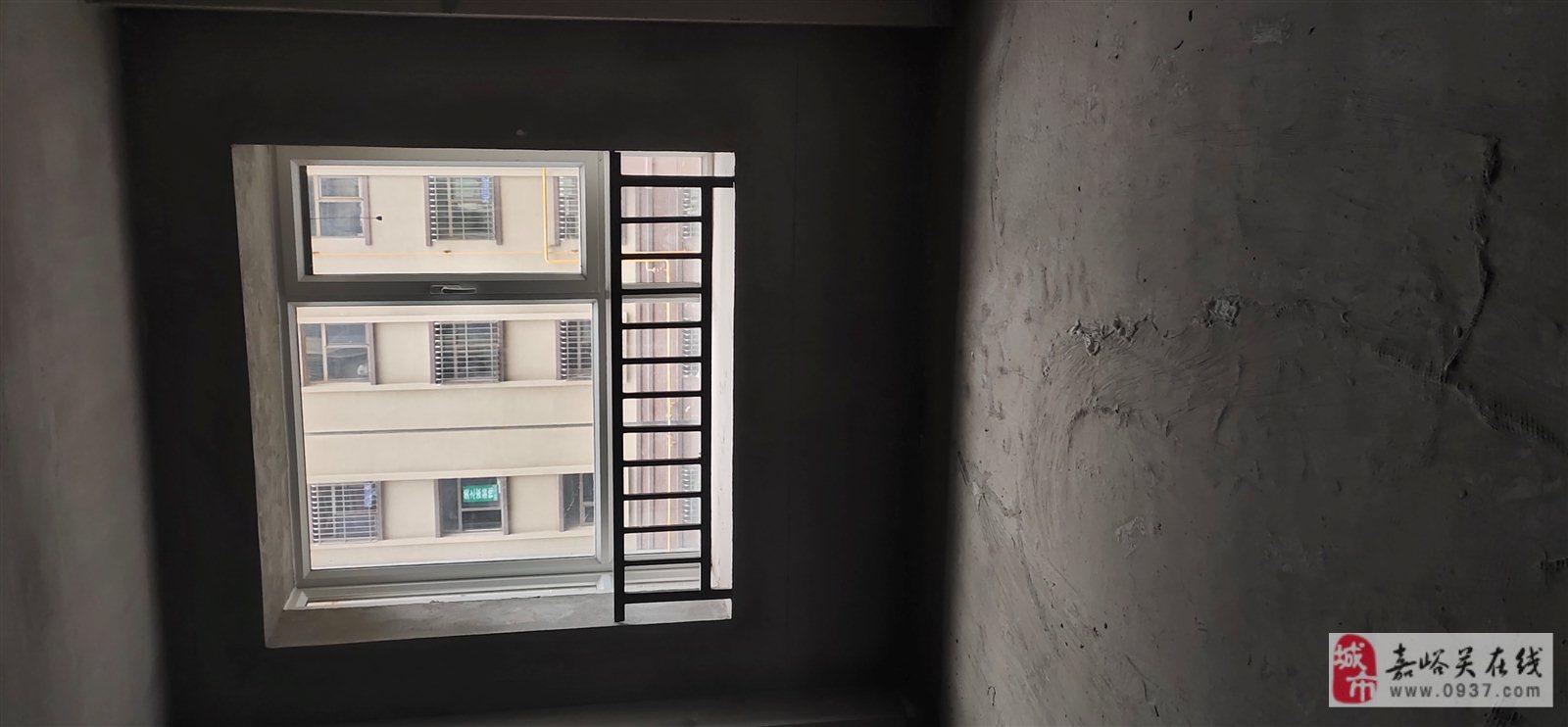 雍平苑3楼.3室 2厅 1卫65万元