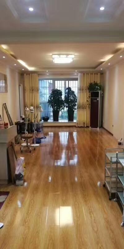 金龙居业婚房装修3室 2厅 2卫65.8万元