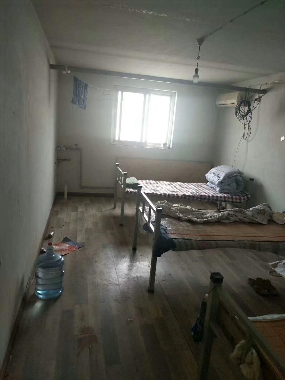 惠安小區3室 0廳 1衛10萬元