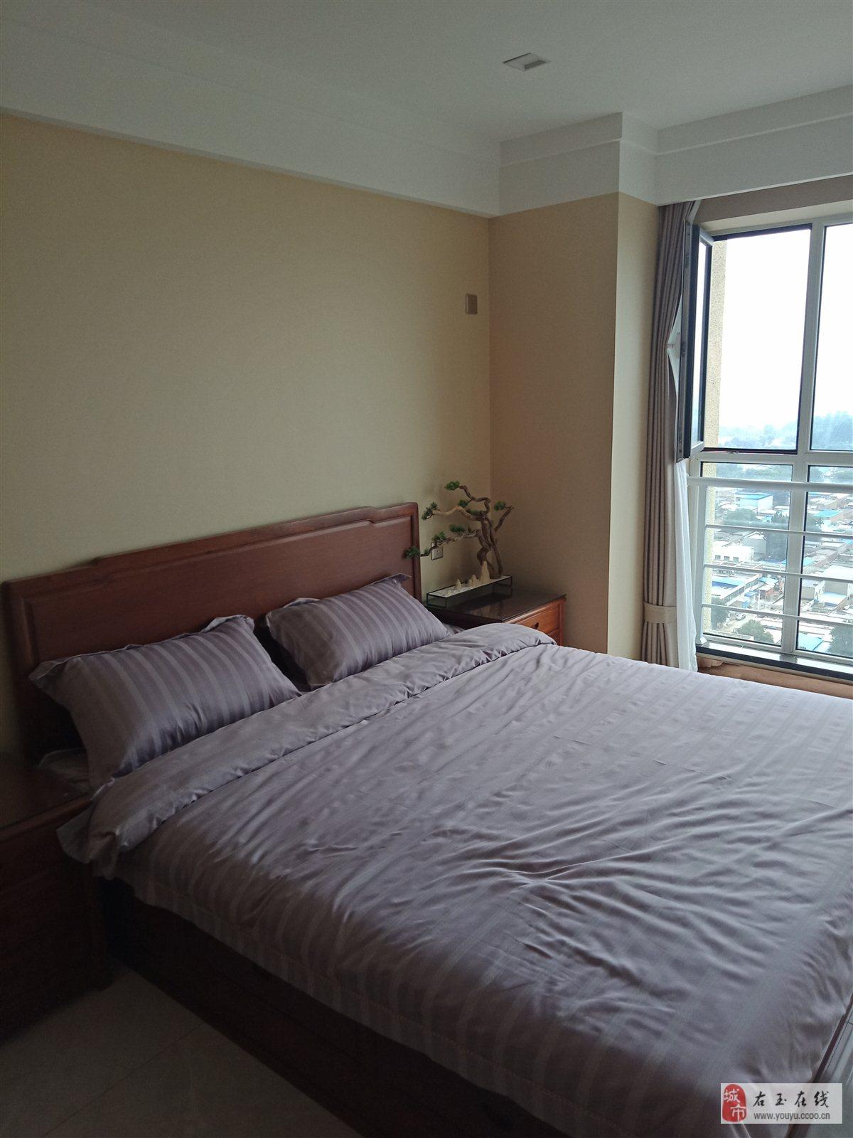 京雄世貿港1室 1廳 1衛38萬元
