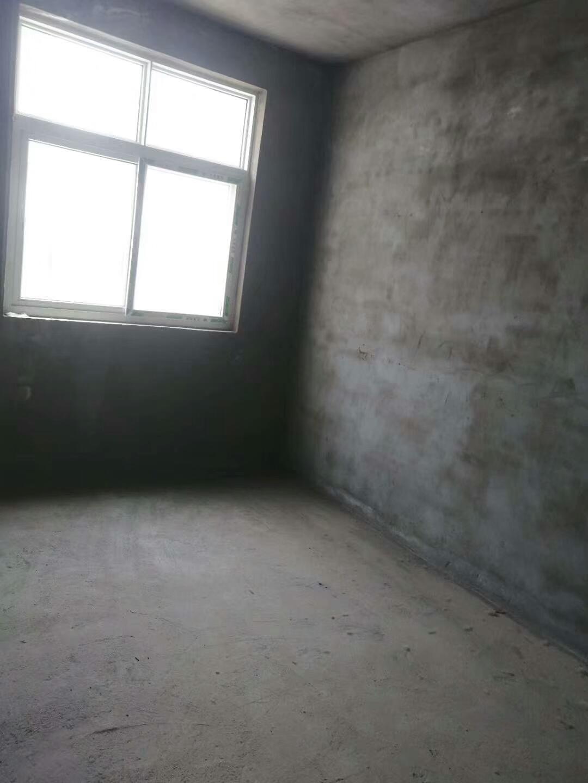 湖畔华庭商品房3室 2厅 1卫52万元