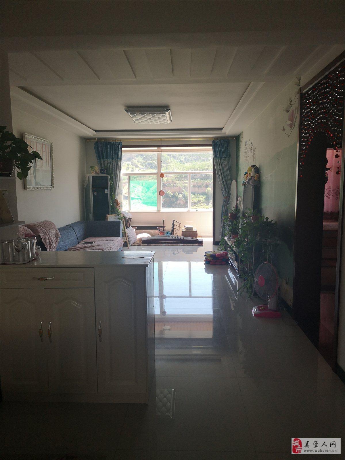 柏樹坪西區鑫苑3室 1廳 1衛32萬元