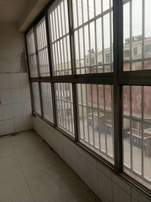 北城社区5室 3厅 2卫38万元