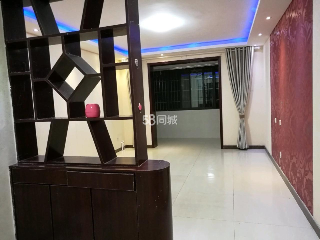 蓝天商务花园(蓝天商务花园)2室 2厅 1卫110万元