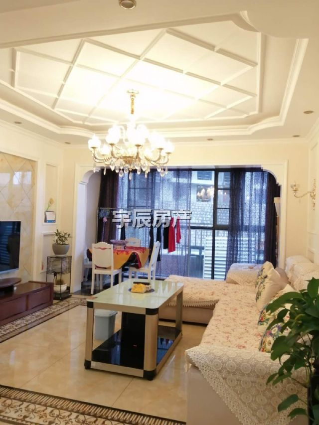 东湖国际3室 2厅 2卫76万元