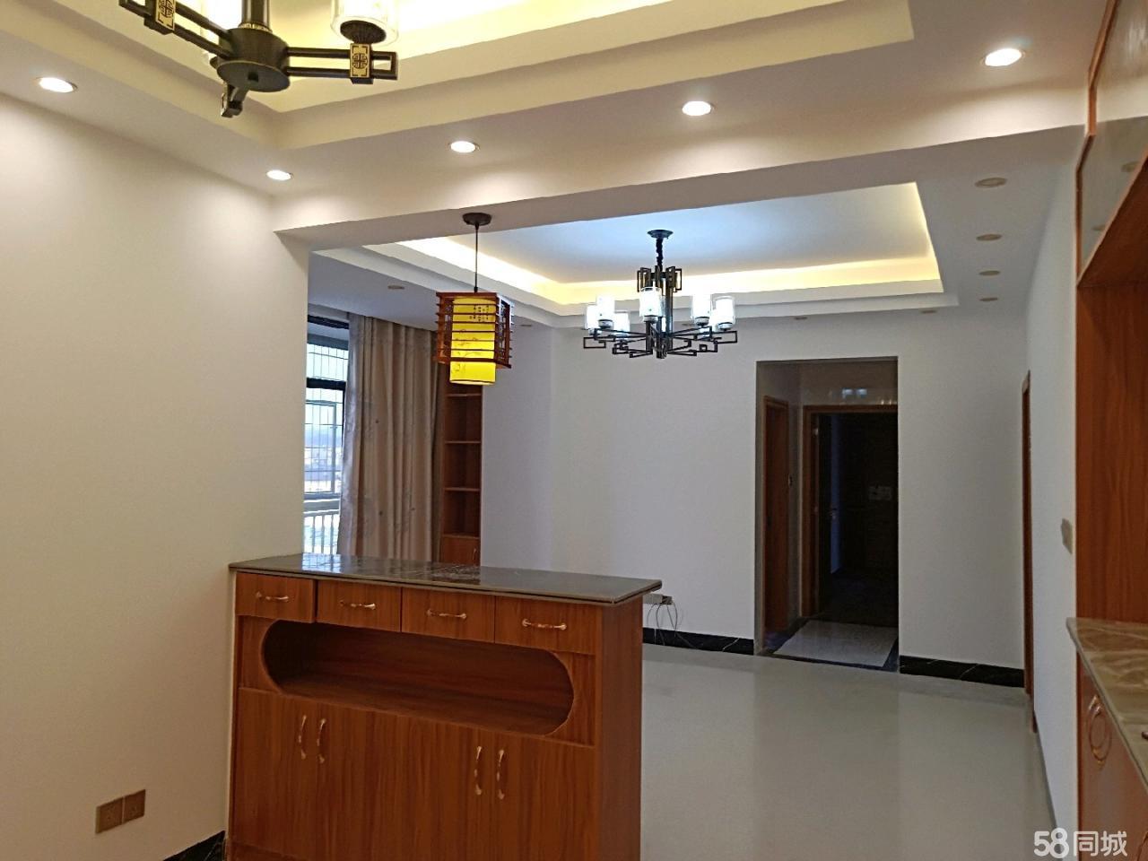 陆川嘉益商贸城3室 2厅 2卫63.8万元