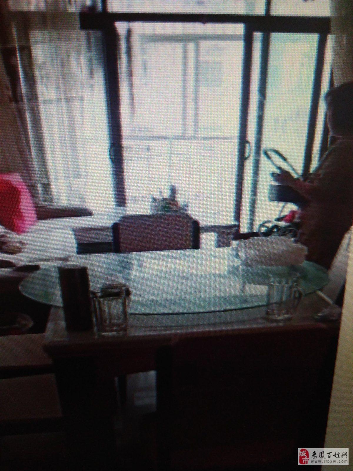 錦華苑3室 2廳 2衛48萬元雙證齊全,精裝修