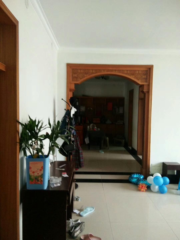 藁城交警队家属楼3室 2厅 2卫128万元