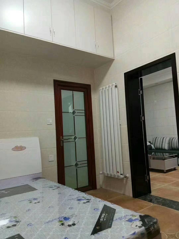 金龙居业1室 1厅 1卫24.8万元