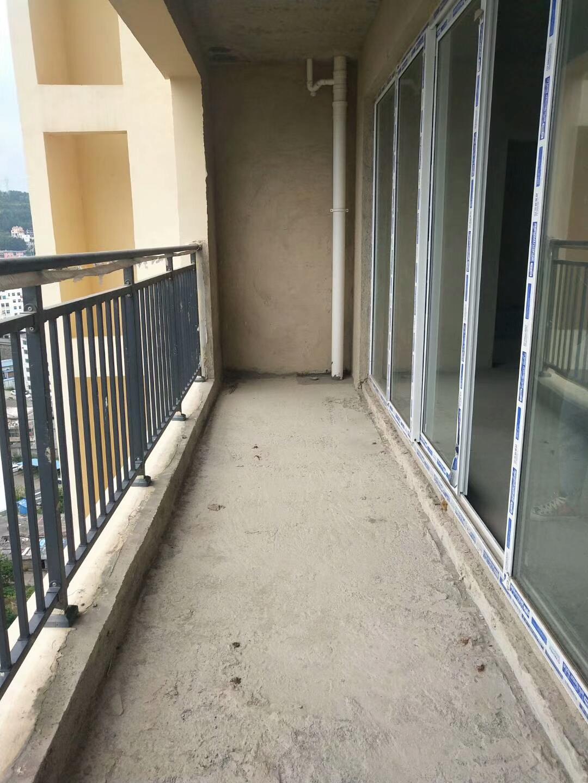 四小旁未来城3室 2厅 1卫37万元