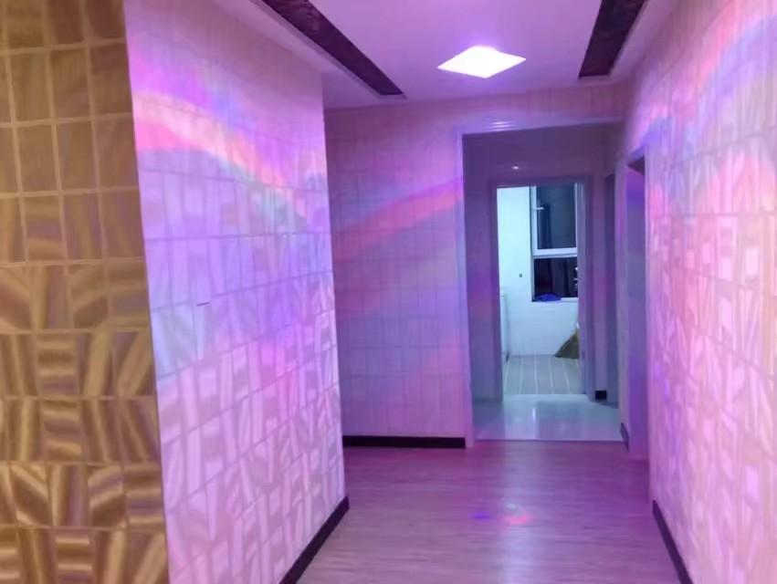 昆仑花苑4室 2厅 2卫45万元
