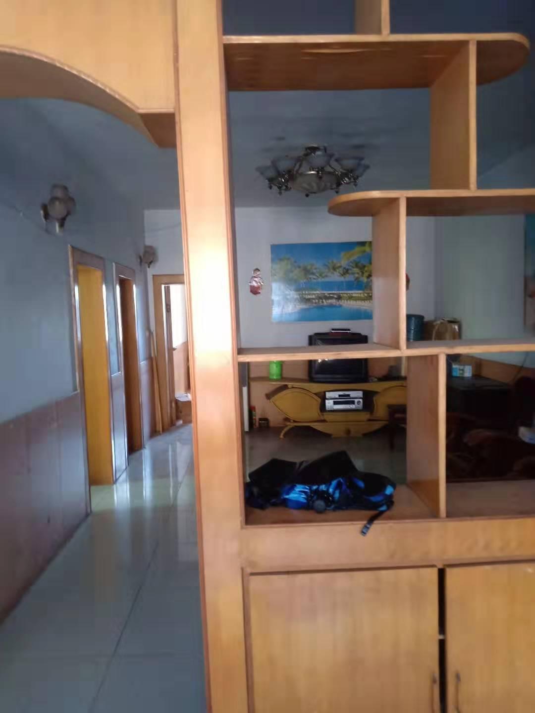 思贤公寓(春天花园河边隔壁)3室 2厅 1卫48.8万元