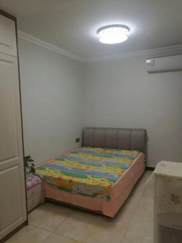 青屏苑3室 2厅 1卫79万元