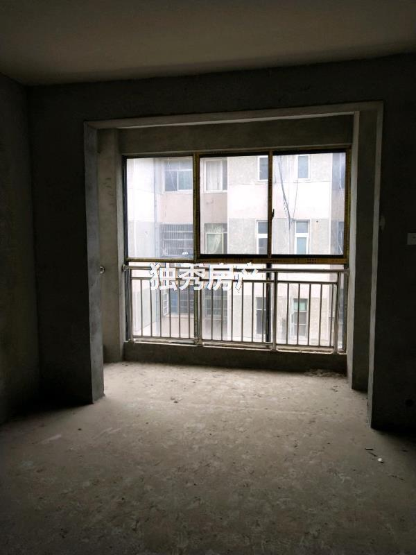 金凱大都會3室 2廳 2衛78萬元