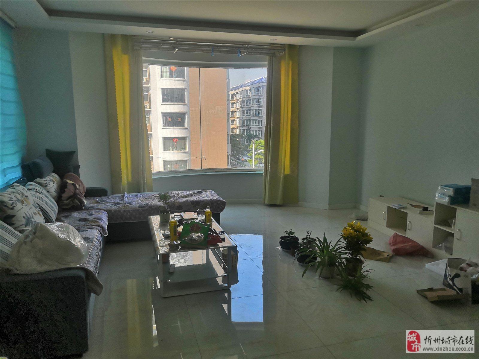 君华苑2室 2厅 1卫57万元